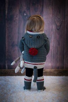 Ravelry: Sock Monkey Hoodie & Socks pattern by MJ's Off The Hook Free Thread and Lace Crochet Doily Patterns Free Crochet Doily Patterns, Crochet Socks Pattern, Crochet Hoodie, Crochet Stitches, Plush Pattern, Hat Crochet, Sock Monkey Pattern, Crochet Sock Monkeys, Baby Pullover