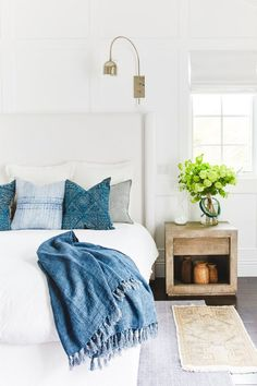 We loved designing the Living Room, Kitchen, Dining Room, and Master Bedroom for our clients at Pacific Palisades! Home Bedroom, Dream Bedroom, Master Bedroom, Bedroom Ideas, White Bedroom Decor, Master Master, Bedroom Rugs, Design Bedroom, Bedroom Inspiration