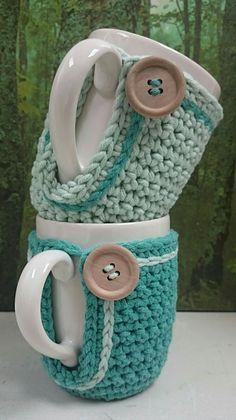 Crochet Cup Cozy, Diy Crochet And Knitting, Love Crochet, Loom Knitting, Knitting Stitches, Coffee Cozy, Mug Cozy, Knitting Projects, Crochet Projects