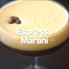 Allegedly, the espresso martini originated in the in London Espresso Martini Recipe Baileys, Espresso Recipes, Espresso Drinks, Best Martini Recipes, Cocktail Recipes, Boat Food, Alcohol Drink Recipes, Fabulous Foods, Cocktails