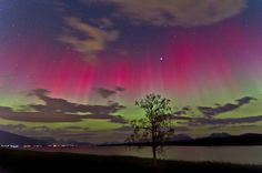 Red & Green Auroas by Frank Olsen on 500px