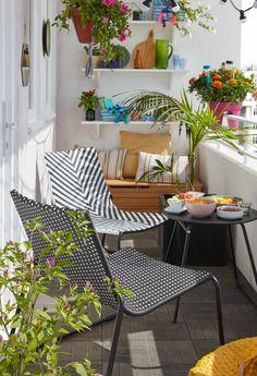 Adoptez ce fauteuil Morillo alliant style et modernité. Idéal pour les petits espaces, il est confortable, empilable et se nettoie facilement. Il sera parfait pour aménager votre balcon, terrasse ou votre jardin. #castorama #inspiration #decoration #ideedeco #amenagement #tendancedeco #jardin #abridejardin #decojardin #mobilierdejardin #fauteuildejardin