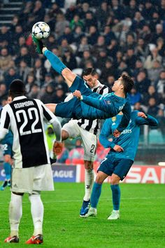 Cristiano Ronaldo Bicycle Kick Real Madrid vs Juventus Cool Art Poster Silk Canvas Home Decoration Wall Picture Printings Cristiano Ronaldo Portugal, Cristiano Ronaldo Cr7, Cristano Ronaldo, Cristiano Ronaldo Wallpapers, Neymar, Ronaldo Real Madrid, Real Madrid Vs Juventus, Real Madrid Atletico, Bicycle Kick