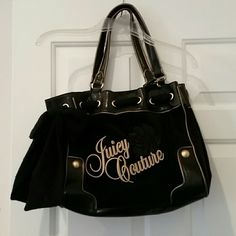 Juicy couture handbag excellent condition Black Almost new Juicy Couture Bags