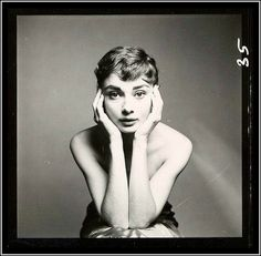 Audrey Hepburn, photo by Richard Avedon, December 18, 1953