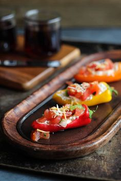This 3 ingredient stuffed mini pepper appetizer features seasonal ingredients, comes together in 5 minutes. It's all about the easy recipes this season! Wine Party Appetizers, Spicy Appetizers, Finger Food Appetizers, Mini Sweet Peppers, Stuffed Mini Peppers, Wine Recipes, Cooking Recipes, Healthy Recipes, Easy Recipes