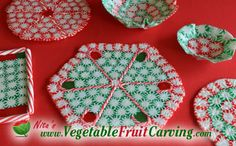 There are a few tricks to getting great results when making a candy cane plate. See all the details at http://www.vegetablefruitcarving.com/blog/christmas-candy-platters