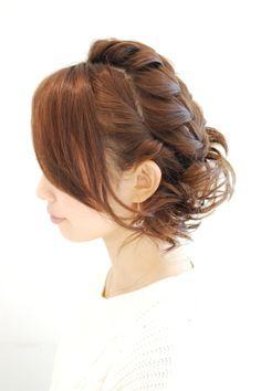 Hairstyles 2014 - loose braid updo | ヘアスタイル 2014 - ルーズ編み込みアップ(ヘアスタイリスト 前田 真吾)