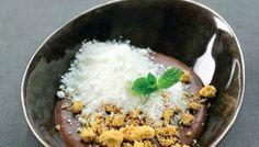 Chocomousse met sneeuw van yoghurt