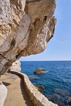 The power of nature: 35 amazingly unique mountain and rock formations. Seaside walkway, Cap d'Ail, France Places Around The World, Oh The Places You'll Go, Places To Travel, Places To Visit, Around The Worlds, Beautiful World, Beautiful Places, Belle France, Villefranche Sur Mer