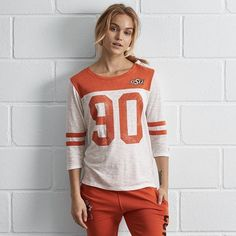 Tailgate Oklahoma 3/4 Sleeve Jersey (€45) ❤ liked on Polyvore featuring tops, orange, jersey top, football jerseys, crew neck jersey, three quarter sleeve tops and crew top