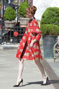 Emma Stone Spider-Man 2 Style - Emma Stone Red Carpet Looks - Marie Claire Emma Stone Style, Emma Stone Street Style, Spice Girls, Harpers Bazaar, Estilo Emma Stone, Emma Stone Red Carpet, Zoe Saldana, Cindy Crawford, Fashion Night