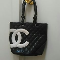 Vintage Chanel Purse Vintage and in good condition but I recommended if purchased, take to a Chanel dealer to have the white leather cleaned and interior. CHANEL Bags Shoulder Bags