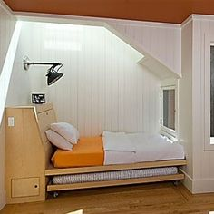 built-in bed with trundle by san francisco architect malcolm davis