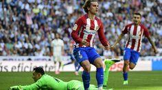 """Zidane: """"Griezmann ? Un joueur qui est en train de montrer qu'il est un bon joueur, point"""" LIGA - Buteur à 5 minutes de la fin, Antoine Griezmann a privé le Real Madrid d'une victoire précieuse ce samedi (1-1). Zinedine Zidane regrette ... http://video.eurosport.fr/football/video-zidane-griezmann-un-joueur-qui-est-en-train-de-montrer-qu-il-est-un-bon-joueur-point_vid968774/video.shtml"""