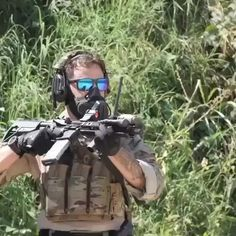 Tactical Training, Tactical Gear, Airsoft Gear, Military Weapons, Weapons Guns, Military Videos, Military Special Forces, Combat Gear, Special Ops