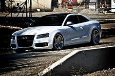 White S5