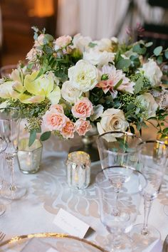La Tavola Fine Linen Rental: Rowley Ivory | Photography: Milou + Olin Photography, Event Design: Every Elegant Detail, Floral Design: Loop Flowers & Event Arts,