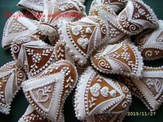 Christmas Gingerbread, Christmas Holidays, Culinary Arts, Biscotti, New Product, Cupcakes, Cookies, Food, Google