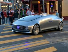 33 Pics That Are Very Fascinating —This driverless Mercedes is cruising around San Francisco