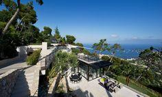 Bayview Luxury Villa – Villefranche-sur-Mer, Cote d'Azur, France 🇫🇷 Villa France, Villa Design, House Design, Villas, Conception Villa, French Villa, Grand Luxe, Infinity Pool, Villefranche Sur Mer