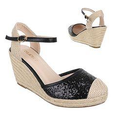 ¿Quién no disfruta de un brillo moderado de vez en cuando?    Enseña tu lado glamuroso al mundo con este zapatos de cuña que añadirán un toque deslumbrante a tu personalidad.
