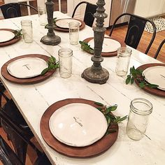 One of my fav things to do is simply set the table- it's a symbol to me of the importance of time together as a family. life is busy. I feel like time slows down when we gather around the table. #springbreak #farmbreakfast