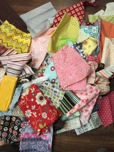 Make a fabric map using just scraps! - The little Green Bean #FabricCutter Hemp Fabric, Fabric Remnants, Cotton Quilting Fabric, Scrap Fabric, Satin Fabric, Viscose Fabric, Linen Fabric, Discount Fabric Online, Buy Fabric Online