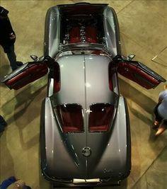 63 split window #corvette grey red