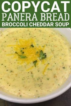 Copycat Panera Bread Broccoli Cheddar Cheese Soup is a great recipe that is easy enough to make at home, and tastes just like the famous restaurant soup. Broccoli and cheddar soup is the perfect winter meal for the family. Panera Bread Broccoli Cheese Soup Recipe, Cheddar Soup Recipe, Cheddar Cheese Soup, Broccoli Soup Recipes, Queso Cheddar, Easy Soup Recipes, Mac And Cheese, Dinner Recipes, Cheddar Broccoli Soup