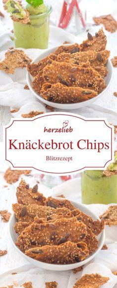 Rezept für selbstgemachte Brot Chips - so lecker und ganz einfach und leicht ein Fingerfood zum Knabbern auf dem Tisch. Rezept von herzelieb.