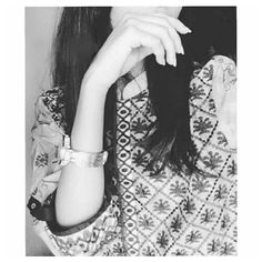 Dpz for girls 😘 Beautiful Girl Photo, Cute Girl Photo, Girl Photo Poses, Girl Poses, Teenage Girl Photography, Girl Photography Poses, Amazing Photography, Stylish Girls Photos, Stylish Girl Pic