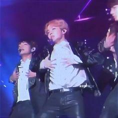 Hoseok Bts, Bts Taehyung, Bts Jimin, Jhope, J Hope Gif, Bts J Hope, J Hope Tumblr, J Hope Dance, Taehyung Photoshoot