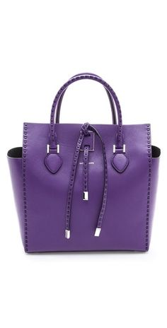 Emmy DE * Michael Kors Miranda Tote #lilac Outlet Michael Kors, Cheap Michael Kors, Michael Kors Selma, Handbags Michael Kors, Michael Kors Bag, Mk Handbags, Purple Love, All Things Purple, Zapatos Shoes