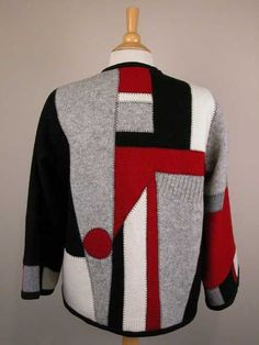 Ideas patchwork fashion upcycled sweater for 2019 Recycled Sweaters, Wool Sweaters, Sewing Clothes, Diy Clothes, Scrap Fabric Projects, Old Sweater, Quilted Jacket, Quilted Sweatshirt Jacket, Pulls