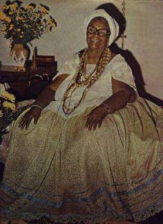 Mãe Menininha do Gantois:  Conselheira de, nada menos que, Dorival Caymmi, Caetano Veloso, Tom Jobim, e Vinícius de Moraes,