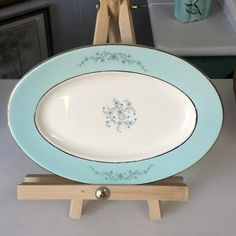 Check out this item in my Etsy shop https://www.etsy.com/listing/457318870/vintage-homer-laughlin-platter-aqua-blue