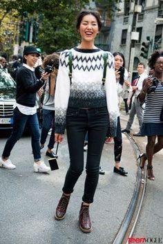 High waisted jeans & crop jumper