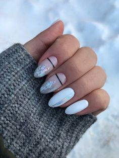 Extend fashion to your nails with the help of nail art designs. Worn by fashionable celebrities, these kinds of nail designs will add instantaneous elegance to your apparel. Cute Nail Art, Cute Acrylic Nails, Cute Nails, Pretty Nails, Pastel Nails, Hair And Nails, My Nails, Nail Manicure, Nail Polish