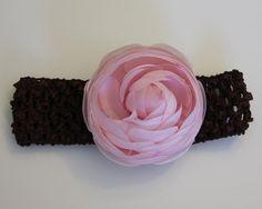 Crochet Headband with Natural Ranunculus Ranunculus, Boutique, Band, Natural, Crochet, Accessories, Fashion, Moda, Sash