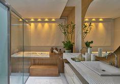 Parcourez les images de Salle de bain de style de style Moderne de Isabela Canaan Arquitetos e Associados. Inspirez-vous des plus belles photos pour créer votre maison de rêve.