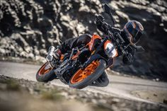 2017 KTM 390 Duke is one of its kind, lightweight and high performance motorcycle. Motorcycles In India, Ktm Motorcycles, Ktm 390 Duke, Duke Bike, Ktm Rc, Four Stroke Engine, Off Road Bikes, Honda Grom, Motorcycle News