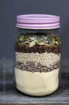 Kakuttaako: Gluteeniton siemennäkkileipä