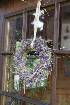 Filz und Garten - Gartenblog: DIY - Lavendelkranz mit Heu