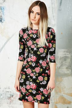 Truly Madly Deeply Cordelia Bodycon Dress in Floral Print
