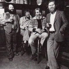 Photos of Dublin ( Folk Music Artists, Irish Singers, Temple Bar, Celtic Music, Dublin City, Irish Art, Irish Celtic, Great Memories, Great Bands