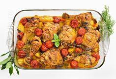 Pulpe de pui cu cartofi la cuptor - reteta video Cooking Tips, Cooking Recipes, Romanian Food, Romanian Recipes, Americas Test Kitchen, Kung Pao Chicken, Chicken Recipes, Chicken Ideas, Turkey