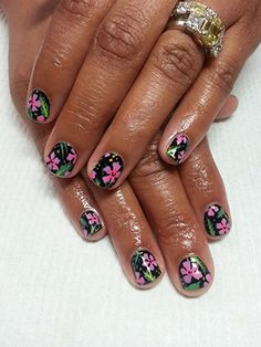 Look we love: Fleury Rose's hula nail art (aloha!)