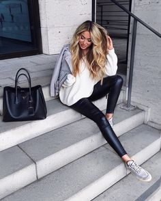 WEBSTA @ janinewiggert - casual #ootd super stylish and comfy pants by @leafashionclub