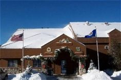 Image of Caribou Highlands Lodge, Lutsen - we will stay here when JP does his 50 mile race in Sept. It's beautiful! Train Track Poses, Train Tracks, Vacation Destinations, Vacation Trips, Vacation Spots, Best Winter Vacations, Worldwide Travel, Lodges, Minnesota